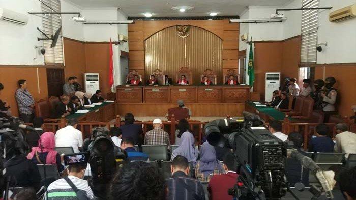 Gara-gara Aman Abdurrahman, Seluruh Sidang di Pengadilan Negeri Jakarta Selatan Ditunda