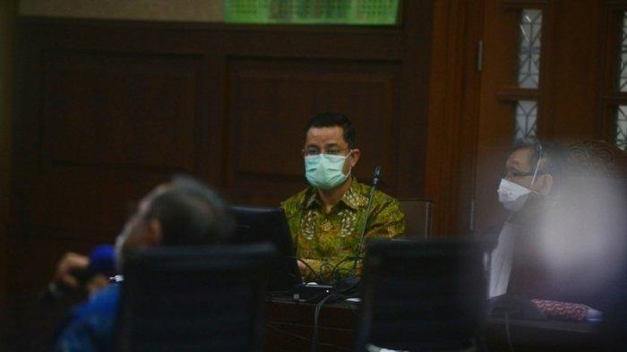 Juliari Mengaku Tak Tahu Tata Kelola Anggaran Negara Saat Jabat Mensos, Hakim: Waduh, Fatal Ya