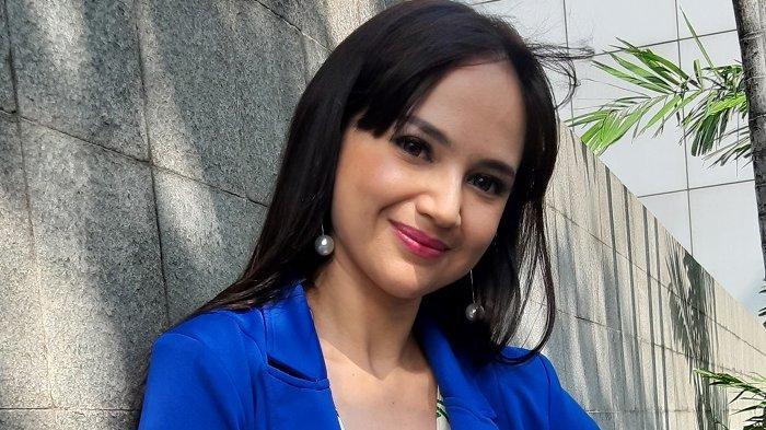 Disebut Pelakor oleh Netizen, Angelica Simperler Tanggapi Dingin