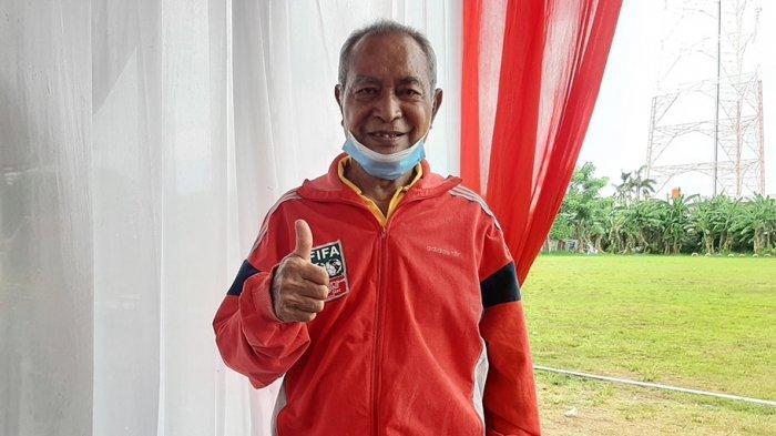 Mantan Bek Timnas Indonesia Simson Rumahpasal Rindu Menyaksikan Penampilan Pasukan Merah Putih