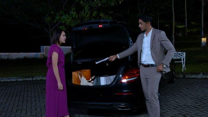 Salah satu adegan dalam sinetron Ikatan Cinta yang dimainkan Arya Saloka (Aldebaran) dan Amanda Manopo (Andin).
