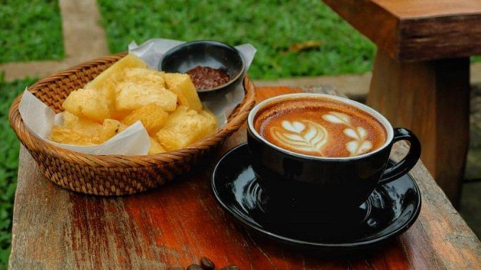 Menu Singkong Goreng Saus Tauco di Kopi Kebun Bintaro