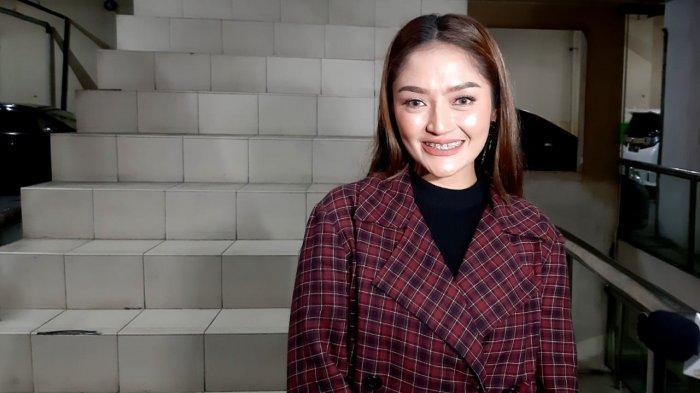 Meski Tidak Merayakan Hari Valentine, Begini Ungkapan Hati Siti Badriah Setelah Menikah