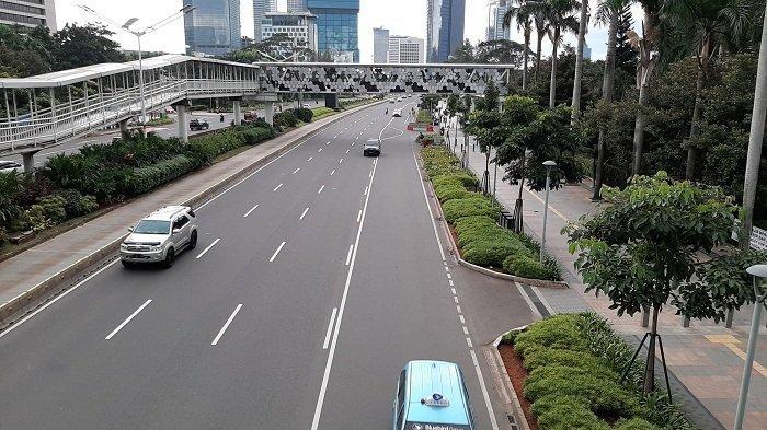 TRAFFIC UPDATE: Lalu Lintas di Jalan Jenderal Sudirman dan Kawasan Dukuh Atas Ramai Lancar