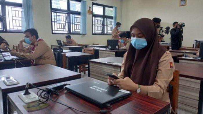 Vaksinasi Guru Rampung, Pemkab Bekasi Gelar Pembelajaran Tatap Muka Serentak Bulan Juli 2021
