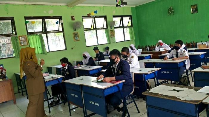 Jelang Uji Coba Belajar Tatap Muka, Bus Sekolah Bahas Angkutan Siswa dengan Disdik DKI Jakarta
