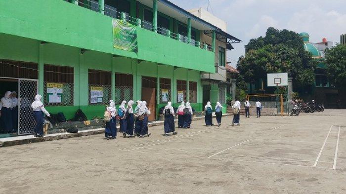 Khawatir Digondol Maling, Komputer untuk UNBK SMPN 11 Kota Bekasi Dijaga 24 jam