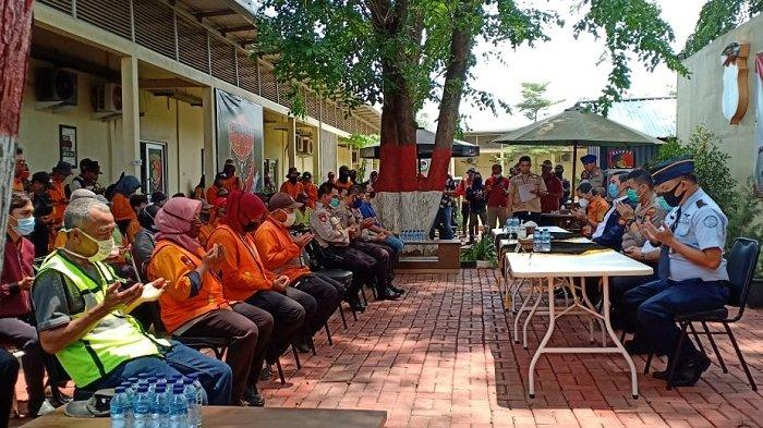FOTO-foto Ratusan Pegawai Bandara Soekarno-Hatta Terdampak Covid-19 Mendapat Bantuan Sosial