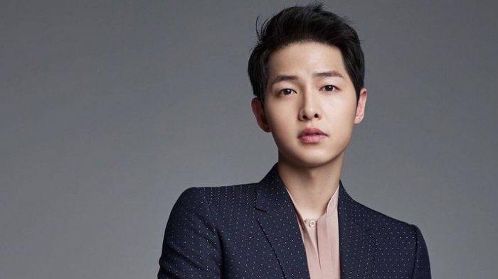 Song Joong Ki Tidak Akan Muncul Untuk Sementara Waktu