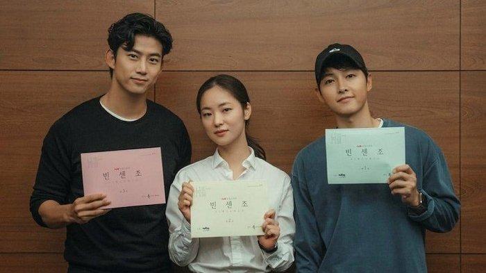 Song Joong Ki Jadi Pahlawan Kegelapan Tumpas Penjahat dalam Drama Korea Vincenzo