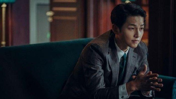 Song Joong Ki Puas Bisa Balas Dendam Jatuhkan Konglomerat dalam Drama Korea Vincenzo