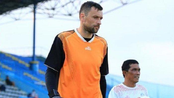Meski Kecewa, Milan Petrovic Tidak Salahkan Sedan Ostojic