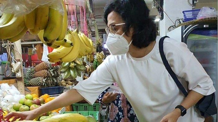 Menkeu Sri Mulyani ke Pasar Santa Jaksel, Berdialog dengan Pedagang yang Terdampak Pandemi Covid-19