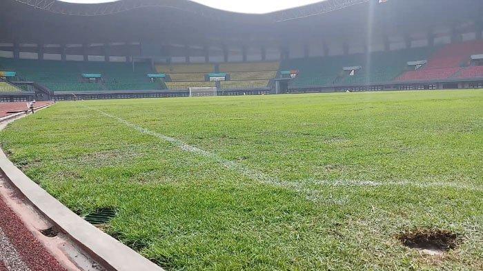 Penjelasan Kadispora Rumput Stadion Patriot Bekasi Terkelupas Saat Pertandingan Timnas