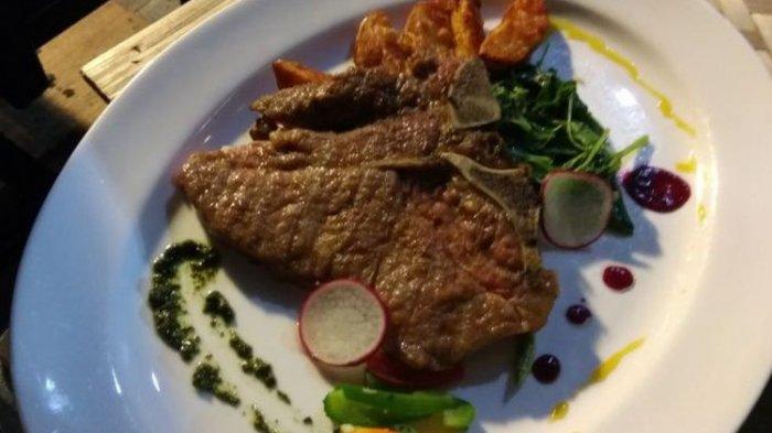 Sebelum Bermacet-macet, Makan Steak Dulu di Ibis Cawang