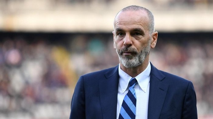 Theo Hernandez Yakin Skuad AC Milan Percaya kepada Stefano Pioli