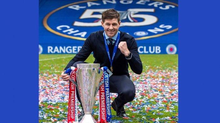 Steven Gerrard Mantan Kapten Liverpool Masuk Dalam Pemain Pilihan Hall of Fame Liga Premier