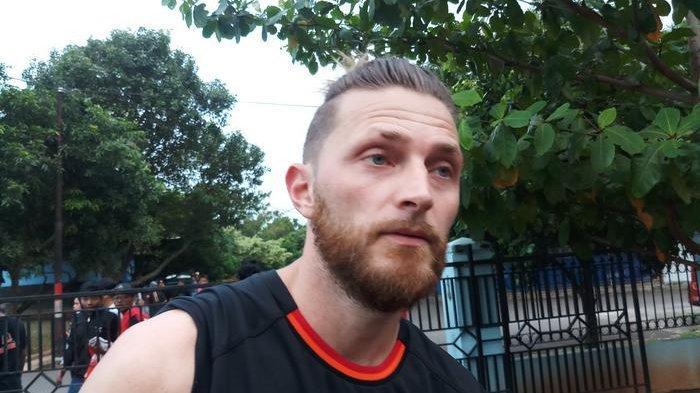 Jelang Hadapi Tira Persikabo, Begini Kondisi Terkini Cedera Bek Persija Jakarta Steven Paulle