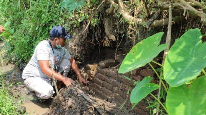 Struktur Bata Kuno Ditemukan di Tengah Sawah, Ini Kata Tim Cagar Budaya