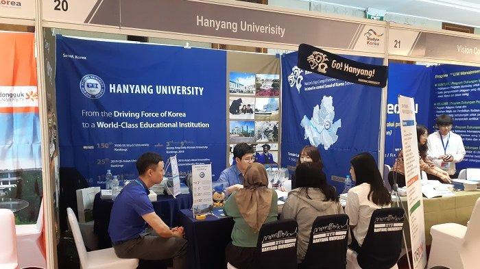 Study in Korea Fair in Indonesia 2019 - studyinkorea4.jpg