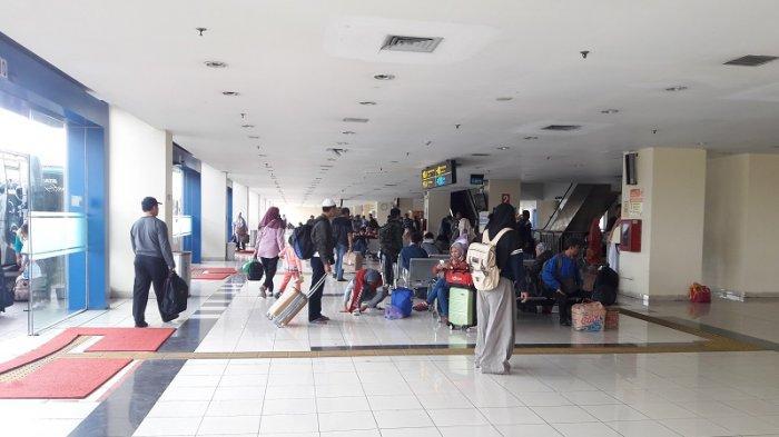 Video: Sebanyak 8.232 Pemudik Tiba di Terminal Terpadu Sentra Pulogebang Sampai Senin Siang