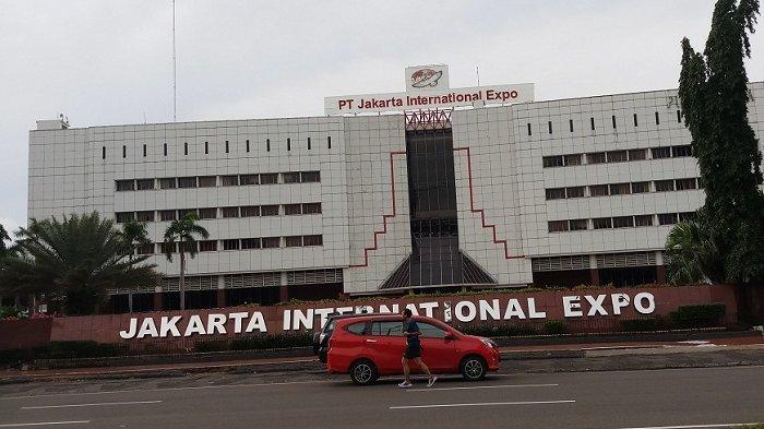 Suasana gedung JIExpo Kemayoran, Jakarta Pusat, tampak sepi dari biasanya, Rabu (18/3/2020). Belasan pameran besar yang biasanya digelar di sini ditunda karena virus corona, seperti pameran otomotif Indonesia International Motor Show (IIMS) 2020.