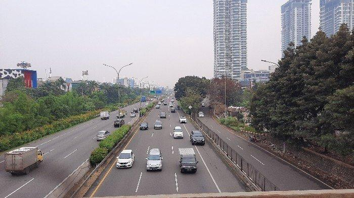 Suasana Arus Lalin Jalan Kembangan Ramai Lancar Selasa Pagi