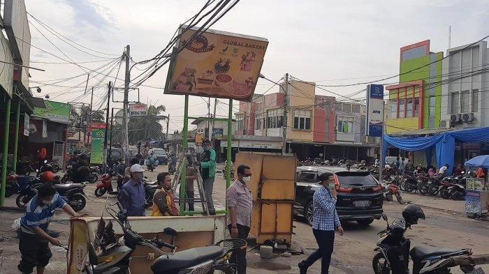 VIDEO Angin Puting Beliung di Pondok Ungu Permai Bekasi Obrak-abrik Lapak Pedagang
