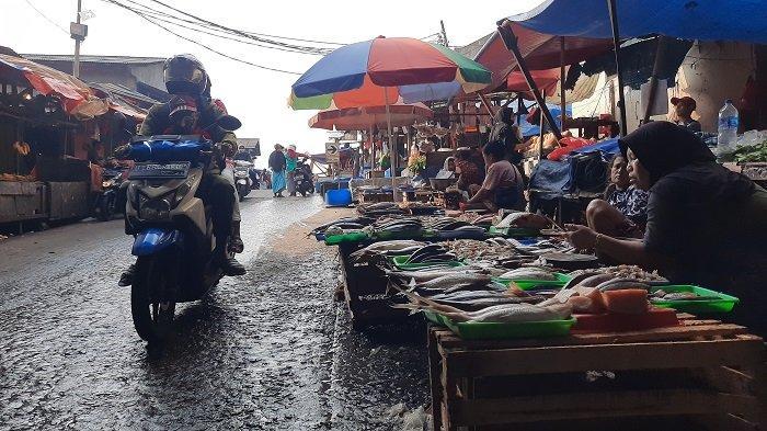 Relokasi Pedagang Pasar Ciputat Menuai Protes, Pedagang Mengeluhkan Mahalnya Biaya Sewa Lapak