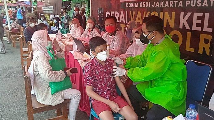 Vaksinasi Presisi di Wilayah Duri Pulo, Kapolsek Gambir Targetkan 20.000 Dosis Vaksin Terdistribusi
