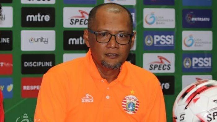 Manajemen Tunjuk Sudirman Jadi Pelatih Sementara Persija Jakarta dan Revisi  Target - Warta Kota