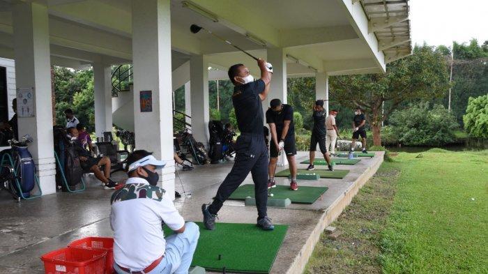 Komandan Korps Marinir Ajak Seluruh Pejabatnya Olahraga Dari Jalan Santai Hingga Golf