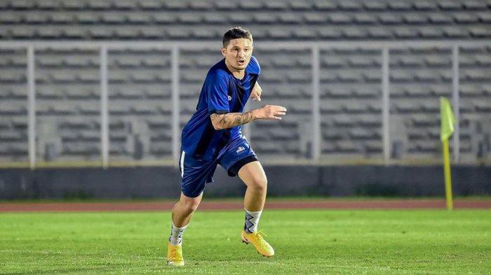 Syamsir Alam Putuskan Comeback ke Dunia Sepak Bola karena Terinspirasi dari Sosok Cristian Gonzales