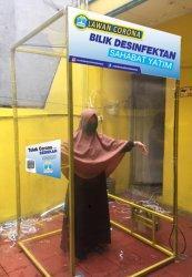 Sahabat Yatim Indonesia Bangun Bilik Disinfektan Untuk Lindungi Pekerja Informal Dari Covid-19