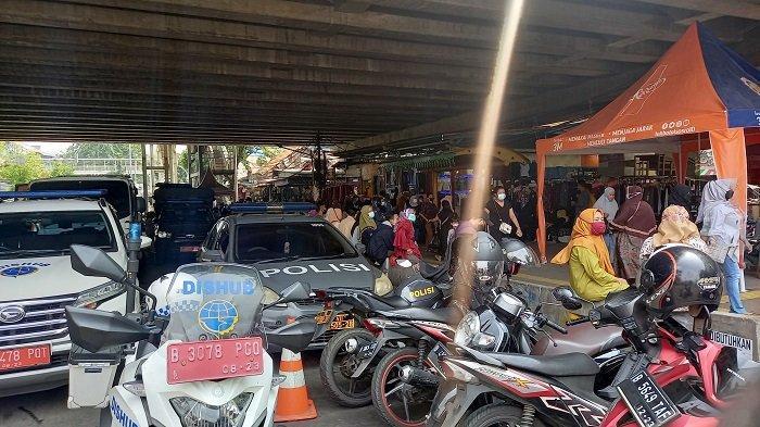 Anies Baswedan : Pasar Tanah Abang Tutup Sepekan, Pedagang Ingin Berlebaran