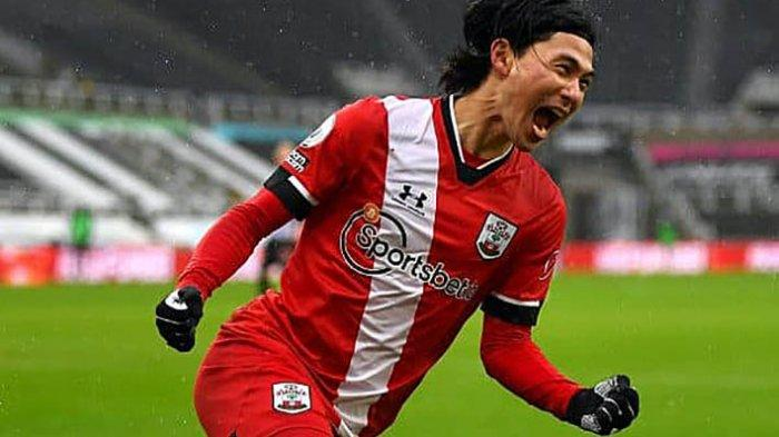 Takumi Minamino Akui Kurang Percaya Diri di Liverpool, Sekarang di Southampton Lebih Banyak Bermain