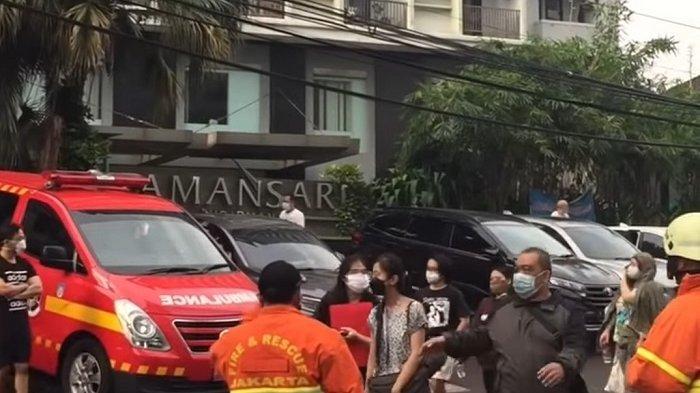 Trafo Listrik Apartemen di Sudirman Terbakar, 42 Penghuni Berhasil Dievakuasi Keluar Bangunan