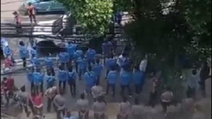 Kantor PSI Dikepung Pendukung Anies, Guntur Romli Pertanyakan Kenapa KNPI Jakpus Bela Anies