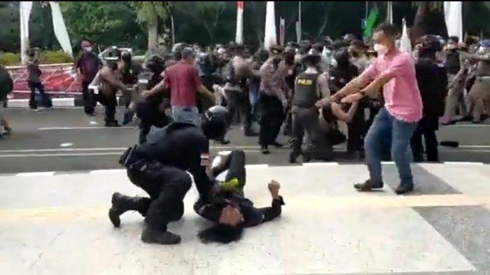 Mabes Polri Turun Tangan Periksa Oknum Polisi yang Banting Mahasiswa Saat Demo di Pemkab Tangerang