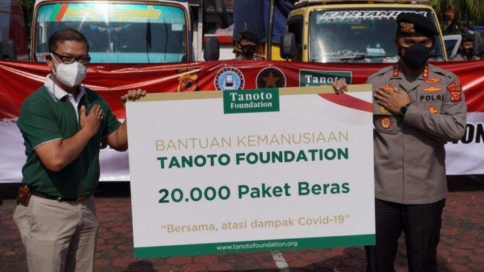 Bantu Warga Terdampak Pandemi di Jabar dan Jatim Tanoto Foundation Donasikan 300 Ton Beras Premium