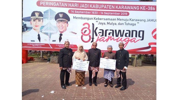 PT Taspen Serahkan Hak THT ke ASN Kabupaten Karawang