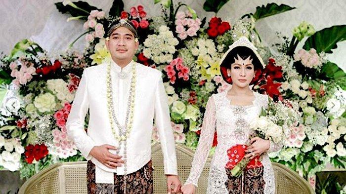 Tata Janeeta Lepas Status Janda Menikah dengan Raden Brotoseno Pakai Adat Jawa