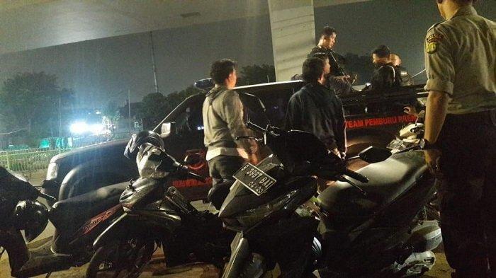 Aksi Tawuran Geng Motor dengan Warga di Jalan Daan Mogot, Satu Orang Ditangkap