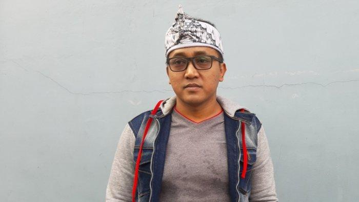 Teddy Pardiyana setelah syuting di TransTV, Jalan Kapten Tendean, Mampang Prapatan, Jakarta Selatan, Senin (10/2/2020).