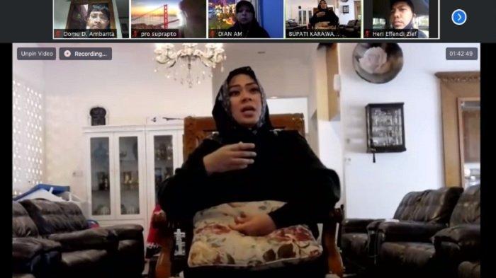 Kisah Aisyah Istri Rasulullah Jadi Bacaan Bupati Karawang Isi Waktu Luang Selama Isolasi di RS