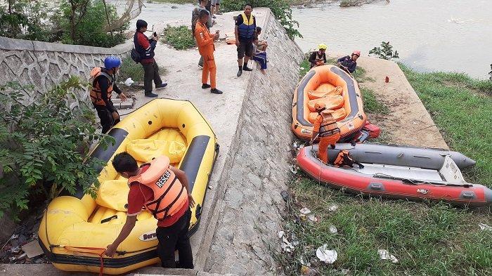 Update Supri Bocah Tenggelam di Kali Bekasi Ditemukan Tak Bernyawa Menyusul Ditemukannya Irfansyah