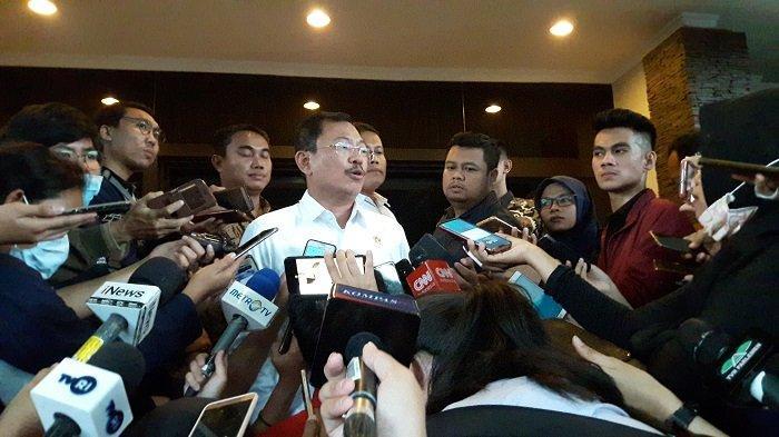 MENKES Terawan Salahkan Rakyat Indonesia yang Pakai Masker N95:Nggak Usah Pakai Masker Kecuali Sakit