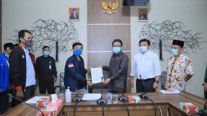 Terima Perwakilan Mahasiswa, Tapi Ketua DPRD Kota Depok Tidak bisa Penuhi Keinginan Pengunjuk Rasa