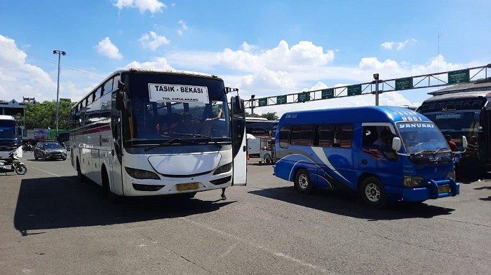Penumpang Bus Terminal Induk Bekasi Naik 5 Kali Lipat saat Libur Paskah