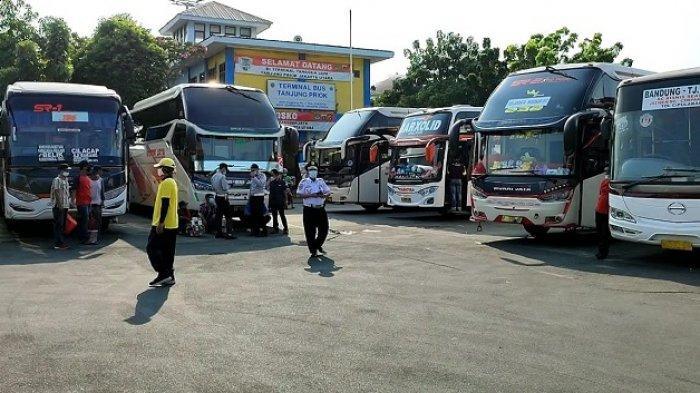 Ada Pengetatan Mudik, Jumlah Keberangkatan di Terminal Tanjung Priok Menurun 30 persen